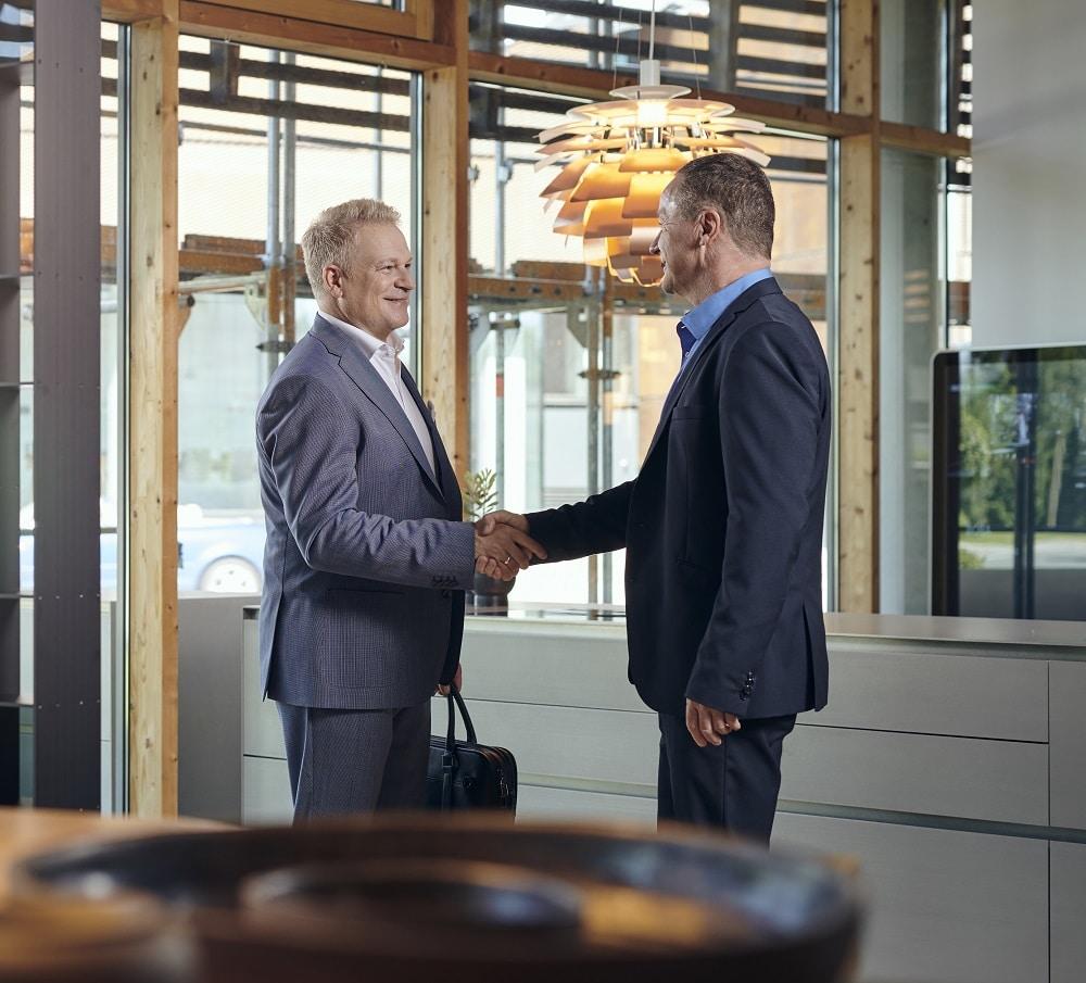 Handschlag zwischen Unternehmern
