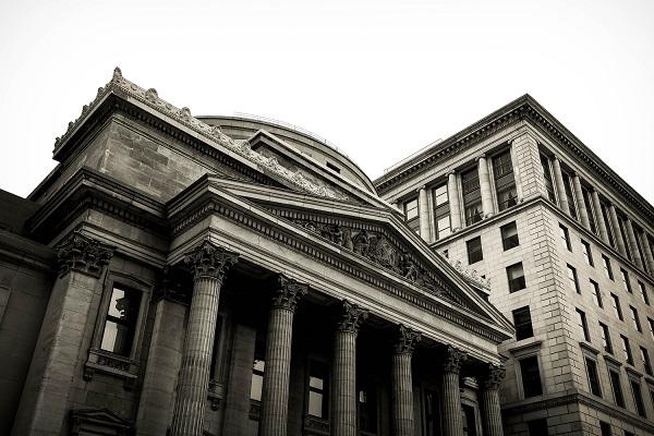 Banken bringen Strafzinsen ein